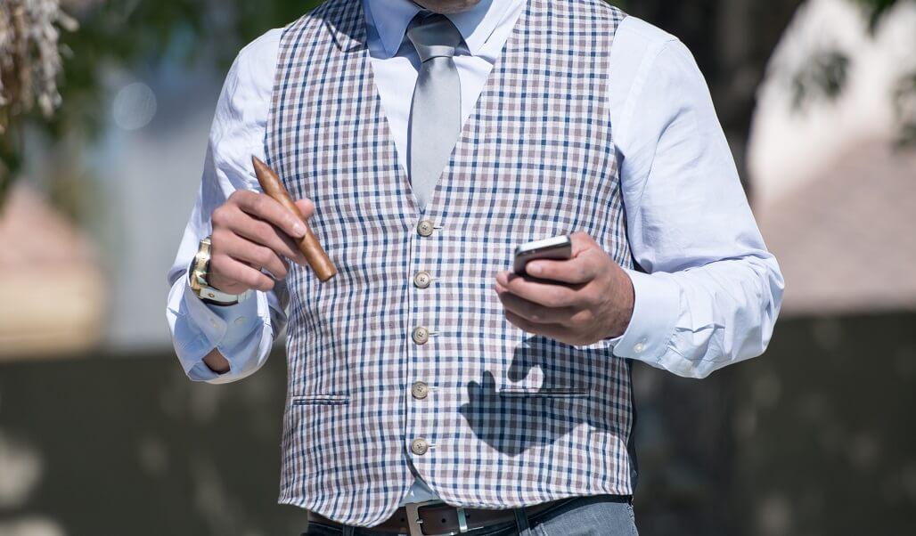 【タバコで老ける!?】喫煙者こそスキンケアが必要な理由