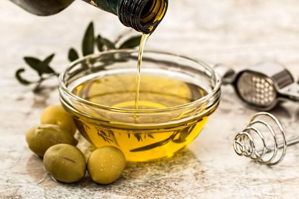 【肌に良い油とってますか!?】美容と健康に良い脂肪酸の役割とは