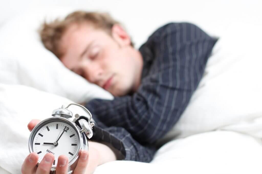 【睡眠の質を上げる!】睡眠を改善して良質な肌を手に入れる方法